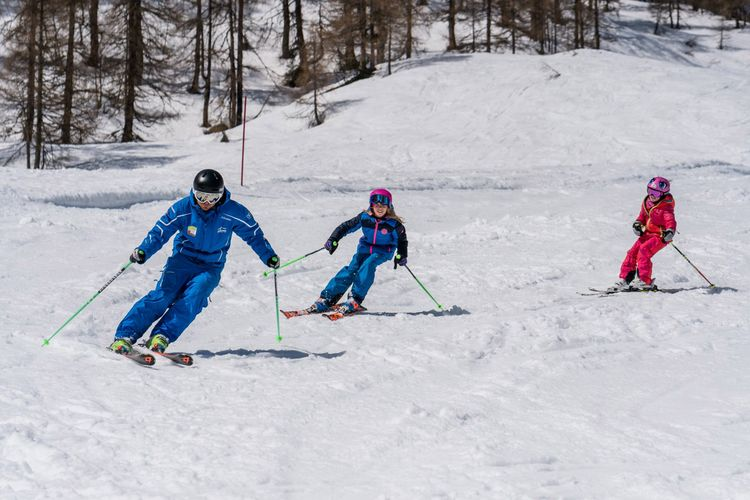 Ski group courses for children in Flachau - learn to ski from 3 years