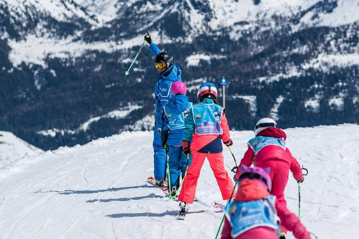 Ski group courses in Flachau - ski beginners to advanced