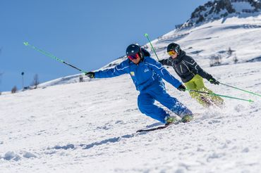 Ski school Flachau - skiing, snowboarding, cross-country skiing individual lessons
